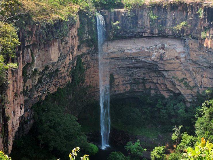 Cachoeira Véu de Noiva - Chapada dos Guimarães (Foto: Esse Mundo É Nosso)