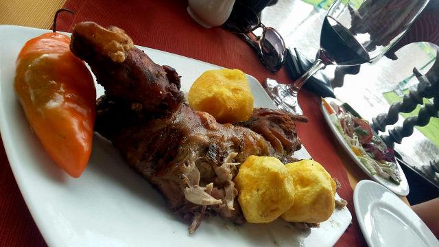 Cuy, comer porquinho-da-índia - Astrid & Gastón Lima (Foto: Esse Mundo É Nosso)