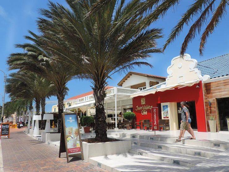 Praias de Aruba - J.E. Irausquin Boulevard (Foto: Esse Mundo É Nosso)