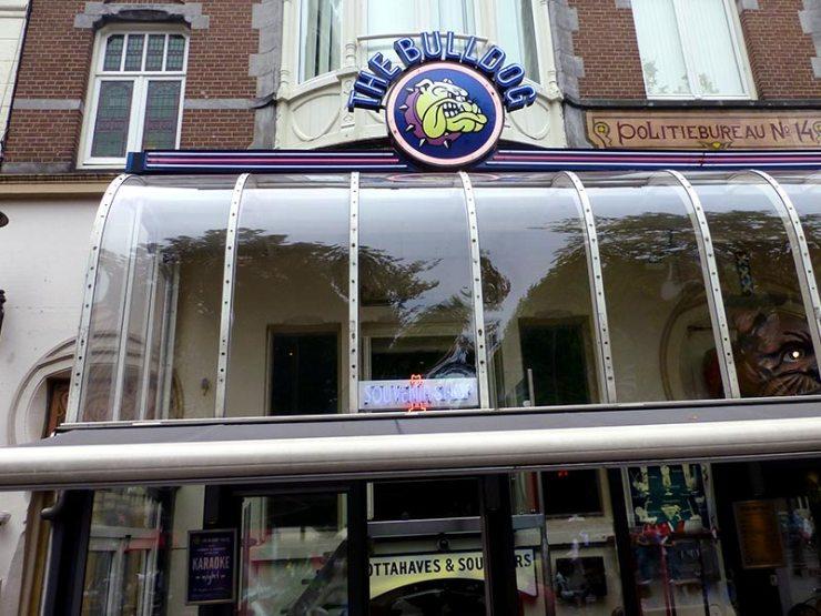 Bolo de Maconha em Amsterdam (Foto: Esse Mundo é Nosso)