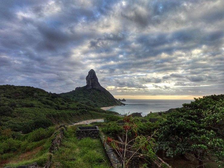 Pôr do sol em Fernando de Noronha (Foto: Esse Mundo é Nosso)