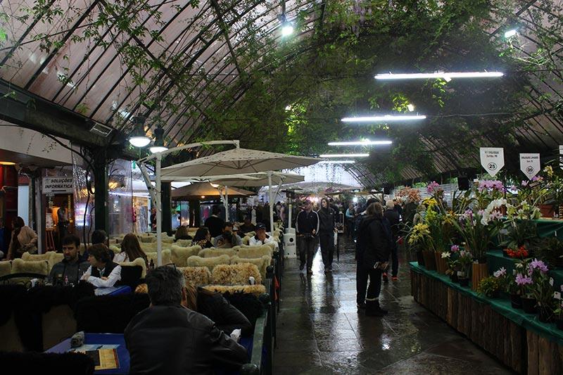 O que fazer em Gramado com chuva - Rua Coberta (Foto: Esse Mundo É Nosso)
