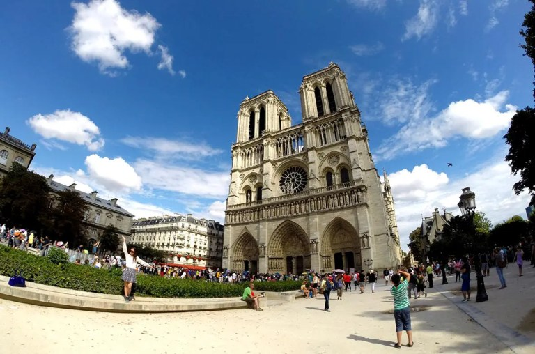 Notredame (Foto: Esse Mundo é Nosso)