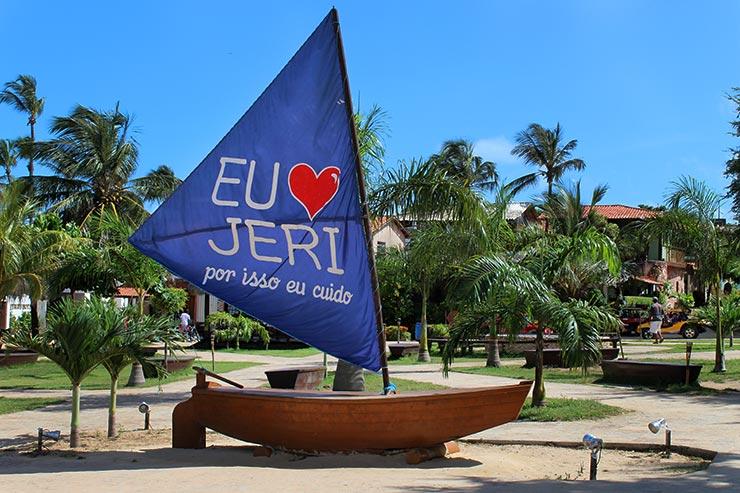 Pracinha principal de Jericoacoara (Foto: Esse Mundo É Nosso)