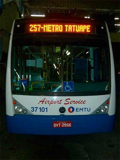 Ônibus do Tatuapé para o aeroporto de Guarulhos (Foto: Esse Mundo É Nosso)