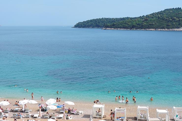 O que fazer em Dubrovnik, Croácia: Praia Banje (Foto: Esse Mundo É Nosso)
