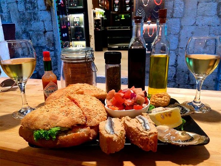 Onde comer em Dubrovnik, Croácia (Foto: Instagram @barba.dubrovnik)