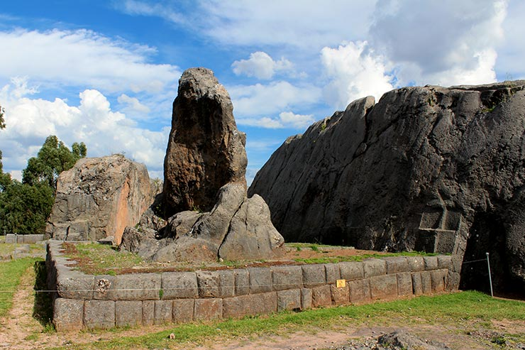 Sítios Arqueológicos em Cusco - Q'enqo (Foto: Esse Mundo É Nosso)