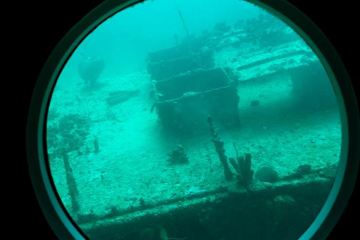 Submarino em Barbados (Foto: Esse Mundo é Nosso)