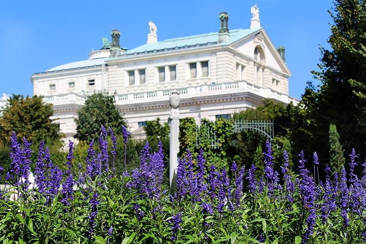 Pontos turísticos de Viena: Volksgarten (Foto: Esse Mundo É Nosso)