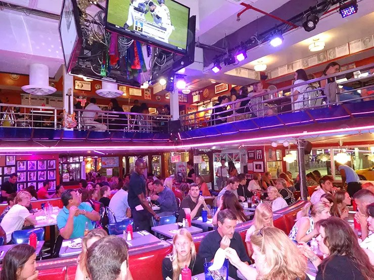 Restaurante em Nova York (Foto: Esse Mundo é Nosso)