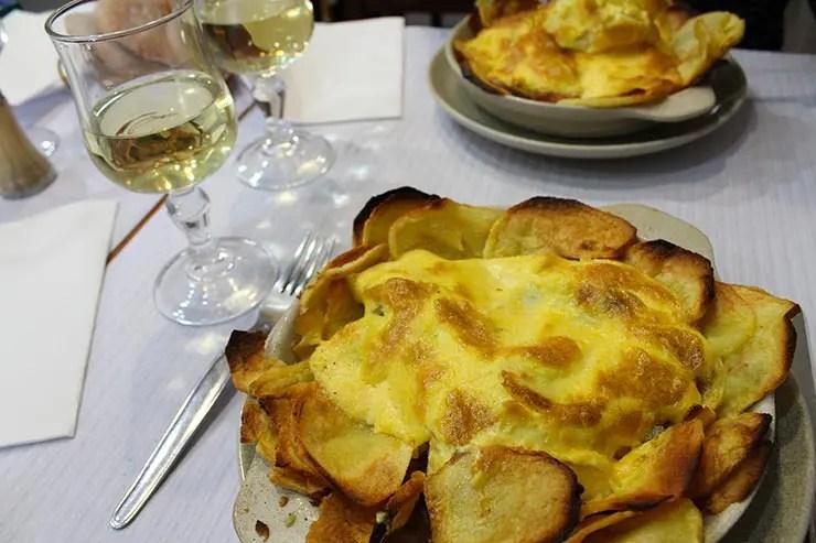 Onde comer bacalhau em Lisboa - A Tasca da Sé (Foto: Esse Mundo É Nosso)