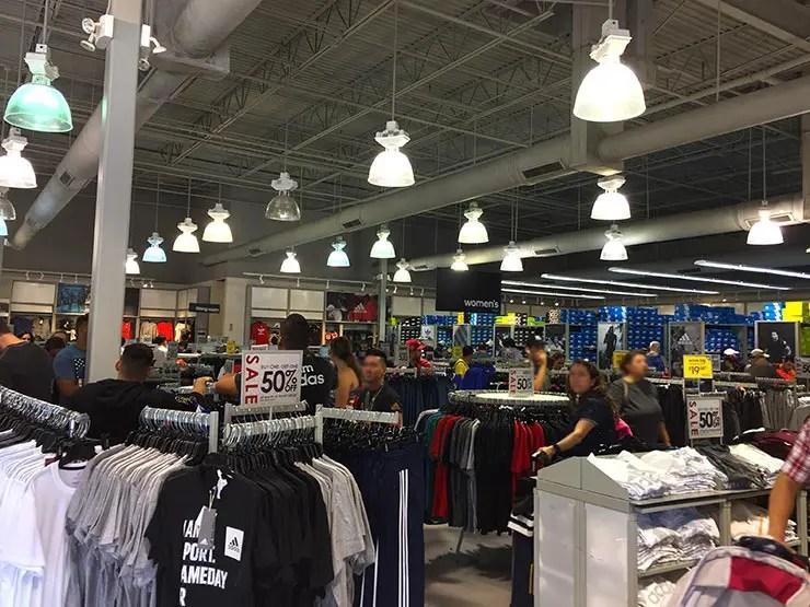 ba5baf2149 Compras em Orlando: Dicas de outlets e lojas baratas