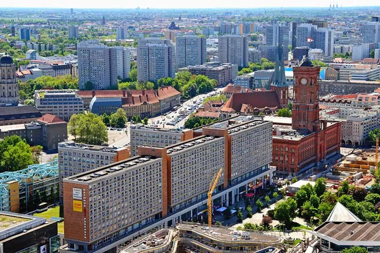 Mirantes em Berlim: Park Inn (Foto via Shutterstock)