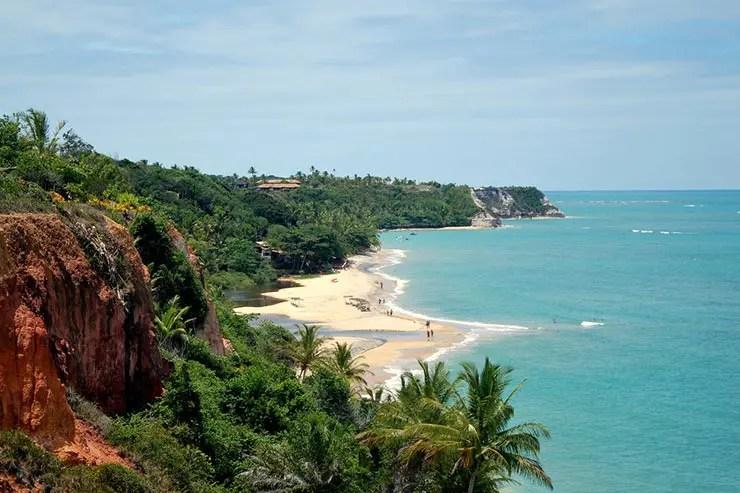 Praia do Espelho em Trancoso, Bahia (Foto via Shutterstock)