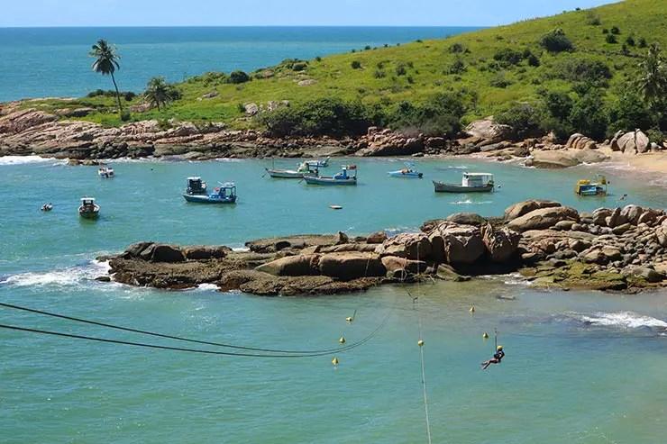 Praia de Calhetas e a tirolesa em Cabo de Santo Agostinho (Foto: Esse Mundo É Nosso)