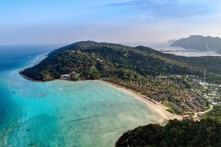 As Praias de Phi Phi, Tailândia - Loh Bagao (Foto: Divulgação/Phi Phi Island Village Beach Resort)
