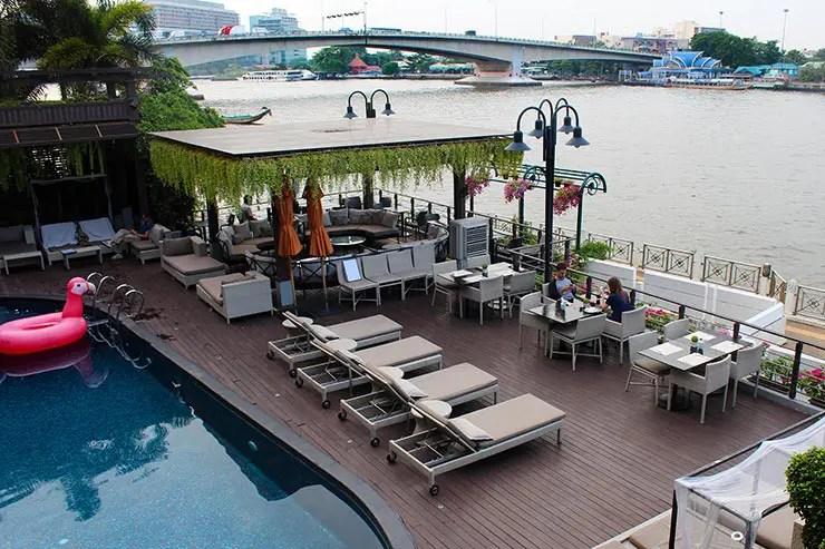 Onde ficar perto da Khaosan Road em Bangkok - Riva Surya (Foto: Esse Mundo É Nosso)