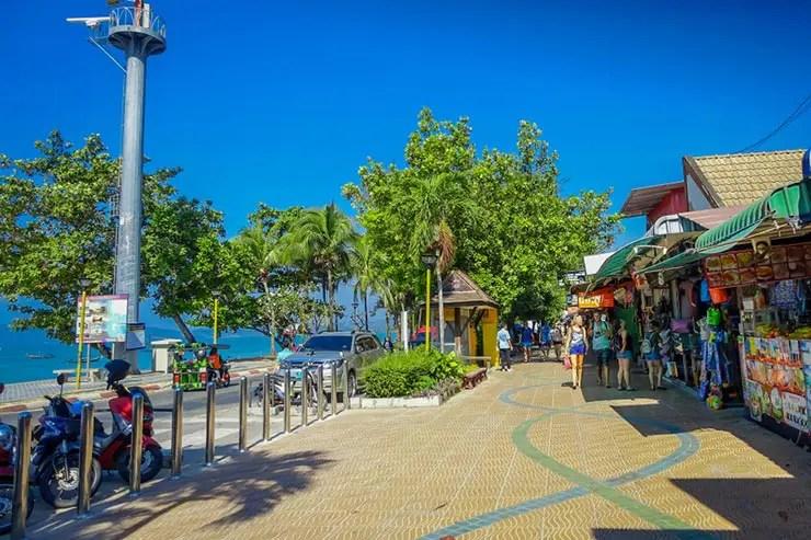 Railay Beach ou Ao Nang: Onde vale a pena ficar? (Foto via Shutterstock)