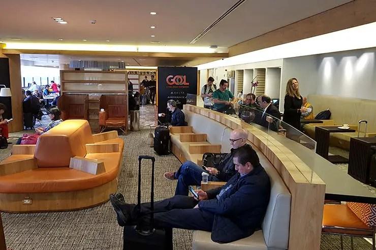 Como é voar com a GOL para Quito - Sala VIP (Foto: Esse Mundo É Nosso)