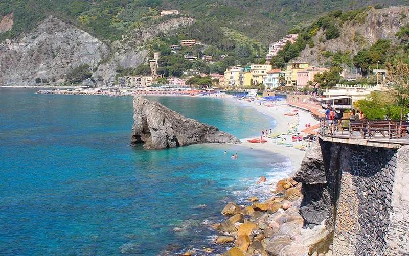Onde ficar em Cinque Terre: Monterosso al mare (Foto: Esse Mundo é Nosso)