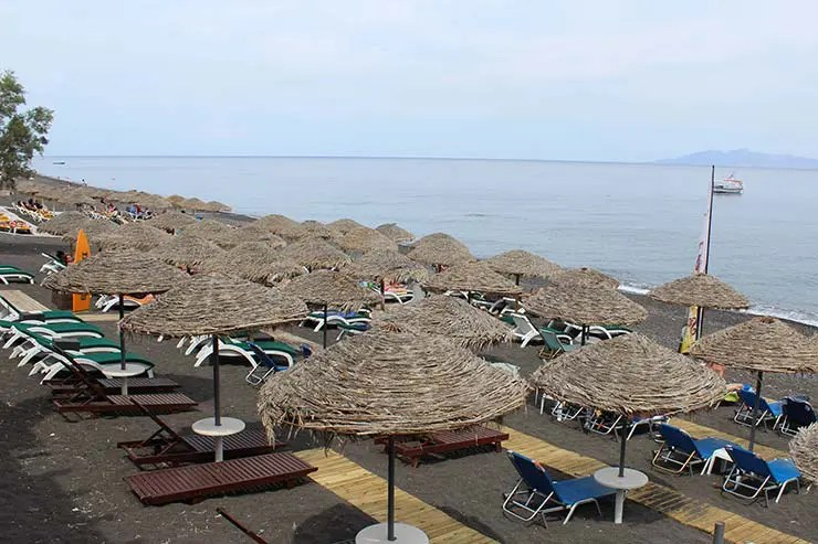 Praias de Santorini - Kamari (Foto: Esse Mundo É Nosso)