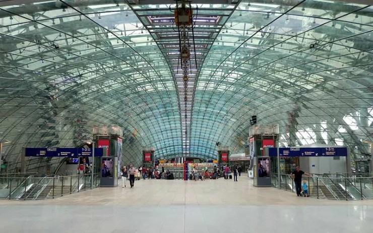 Imigração na Alemanha: Aeroporto de Frankfurt