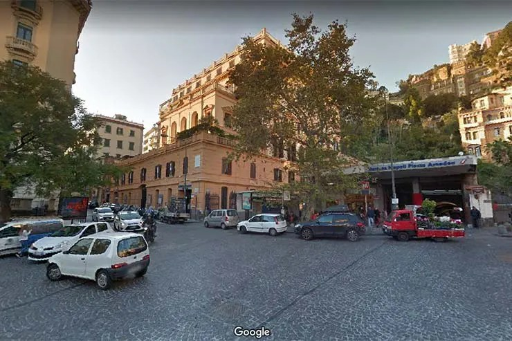 Onde ficar em Nápoles: Chiaia (Foto: Google)
