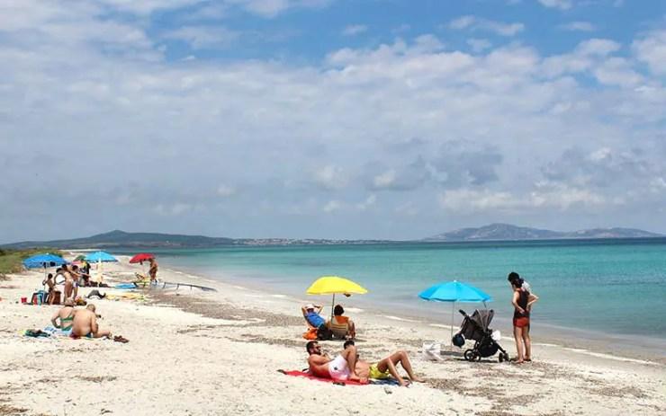 Praia Ezzi Mannu em Stintino (Foto: Esse Mundo É Nosso)