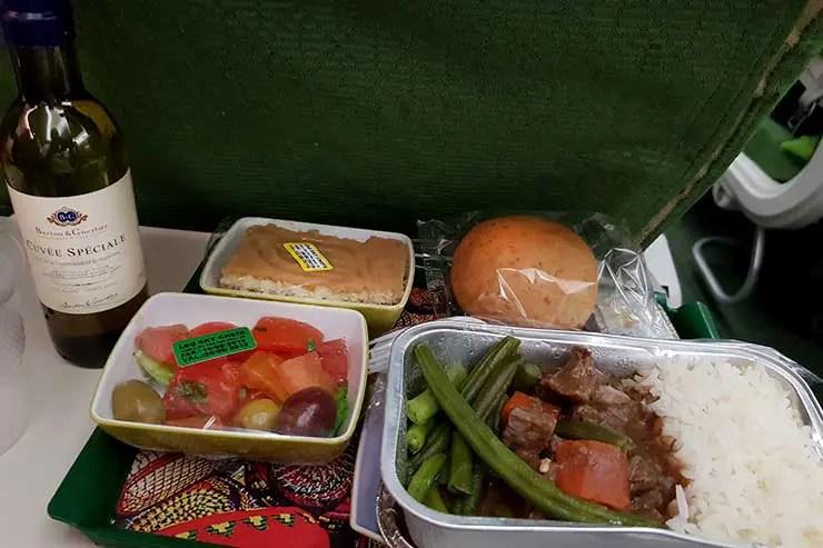 Serviço de bordo da Ethiopian Airlines  (Foto: Esse Mundo É Nosso)