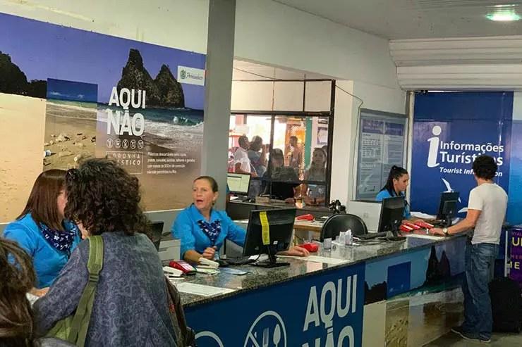 Local de pagamento da taxa de Fernando de Noronha no aeroporto (Foto: Esse Mundo É Nosso)
