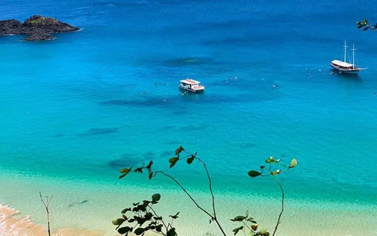 Praia do Sancho (foto: Esse Mundo é Nosso)