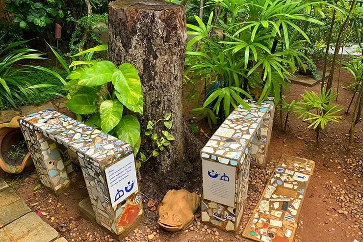 Local onde estão as cinzas de Jorge e Zélia Gatai na Casa do Jorge Amado no Rio Vermelho (Foto: Esse Mundo é Nosso)