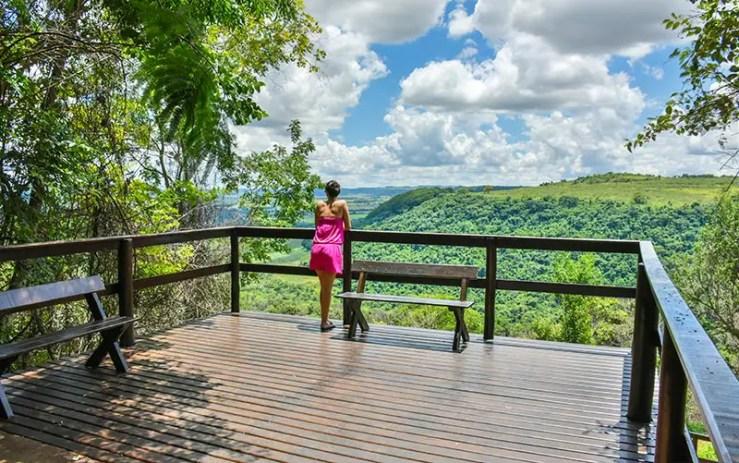 Mirante no Recanto das Cachoeiras em Brotas (Foto: Divulgação)