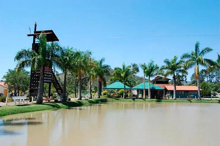 Área externa do Hotel Fazenda 7 Belo em Socorro (Foto: Reprodução/Booking)