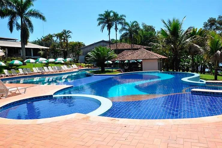 Hotéis fazenda em SP: Piscina e área externa do Berro D'Água, em Avaré (Foto: Reprodução/Booking)