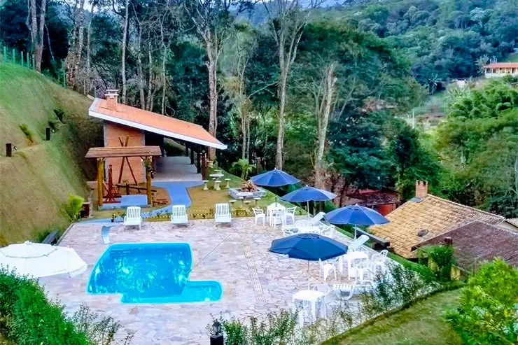 Hotéis e pousadas em Santo Antônio do Pinhal: Área externa da Verdes Alpes (Foto: Reprodução/Booking)