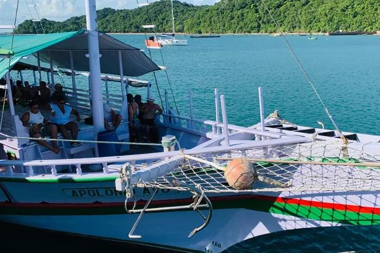 Barco que fizemos o passeio de Salvador até a Ilha dos Frades (Foto: Esse Mundo é Nosso)