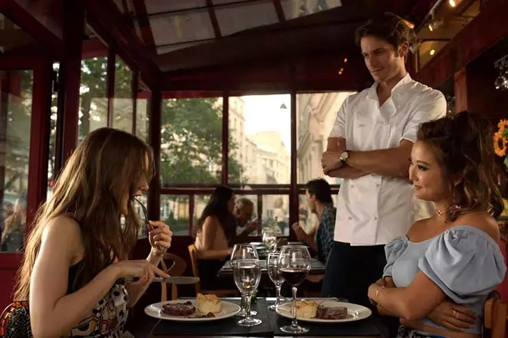 Emily e Gabriel no restaurante Terra Nera