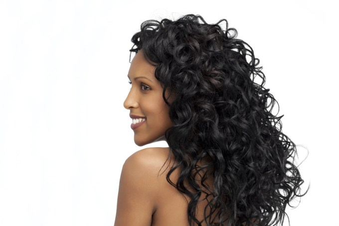 new study urges black women to avoid hair extensions for