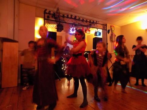 essendine-village-hall-halloween-2015-14