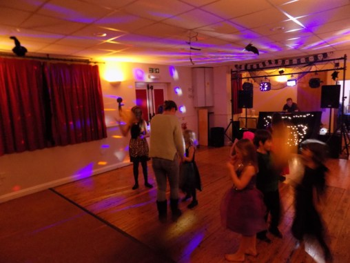 essendine-village-hall-halloween-2015-15