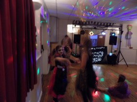 essendine-village-hall-halloween-2015-16