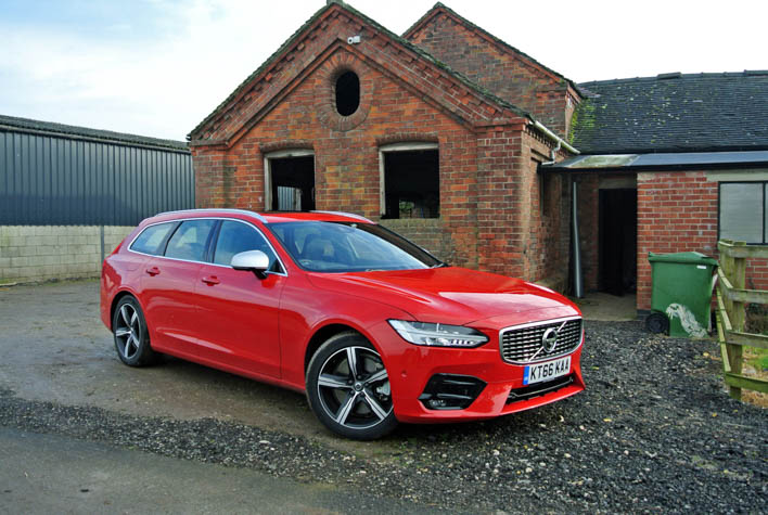 Two new alternatives to Volvo's 90-series line-up