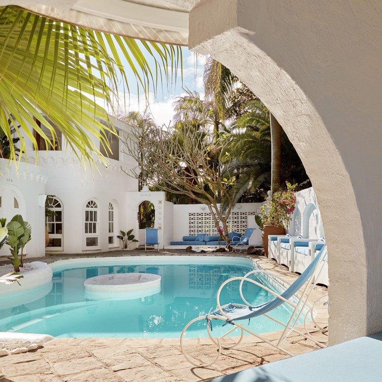 Private pool at Raes