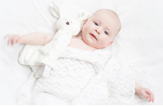 Babyfotografie Leuke fotoshoot met vintage koffer