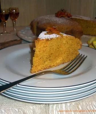 Torta di carote al profumo di arancia e amaretto