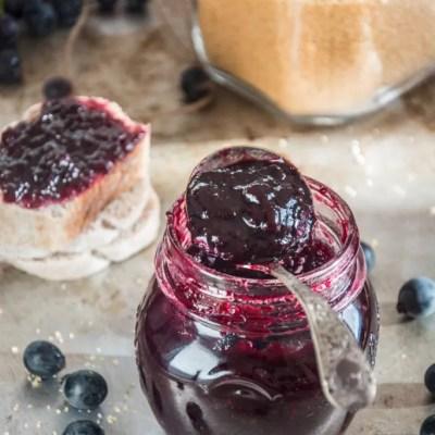 Confettura di uva fragola (al microonde)