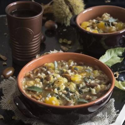 Zuppa d'autunno: con zucca, castagne, funghi e fagiolo poverello