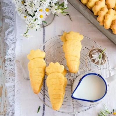 Frollini di carote con burro di cocco